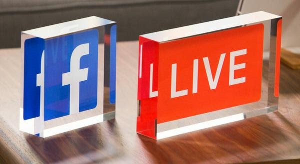 How to Reach More People and ​Increase Sales with Facebook Live​​​​​​